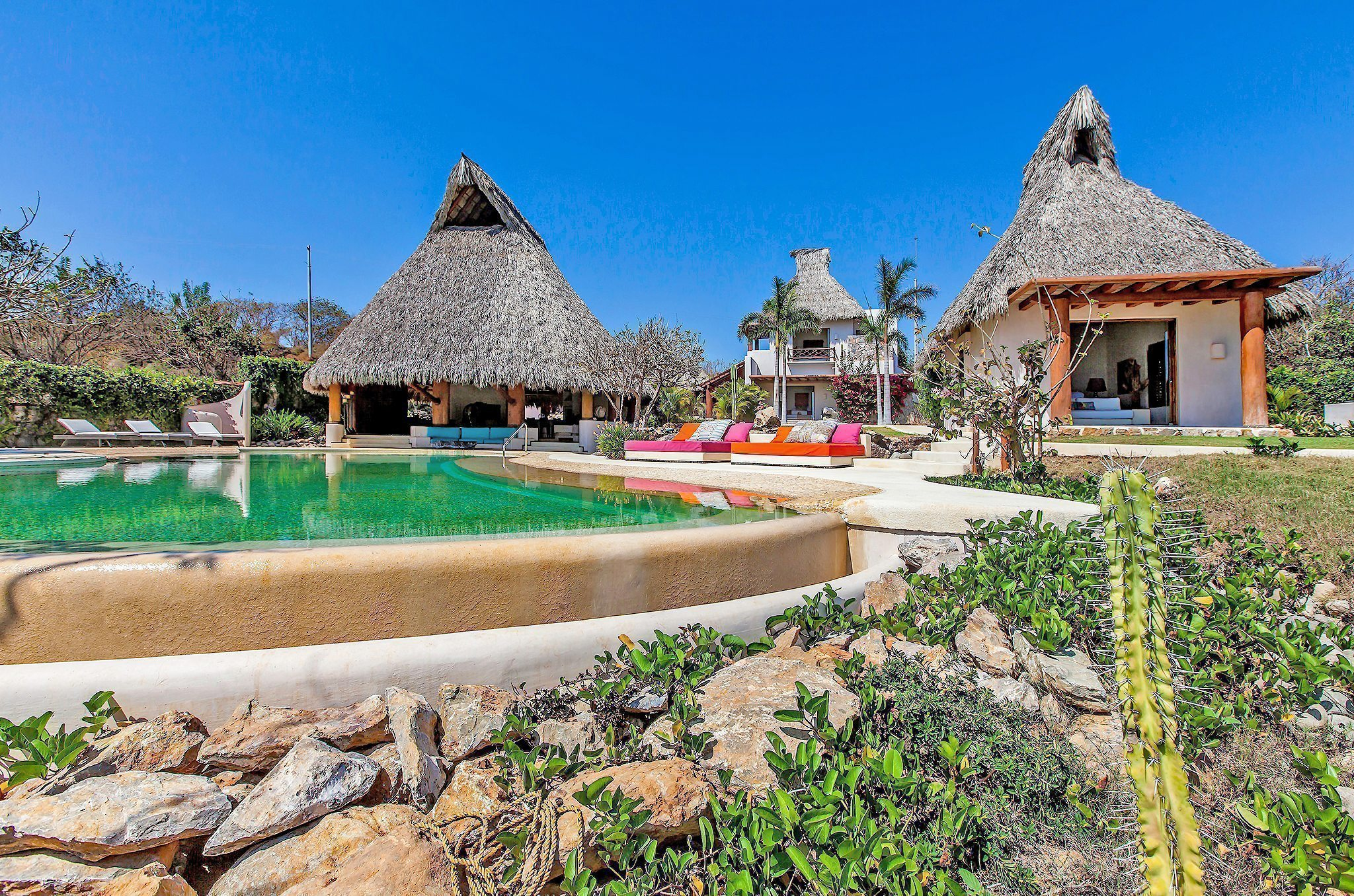 Palapa, Pool, Poolside Day Bed