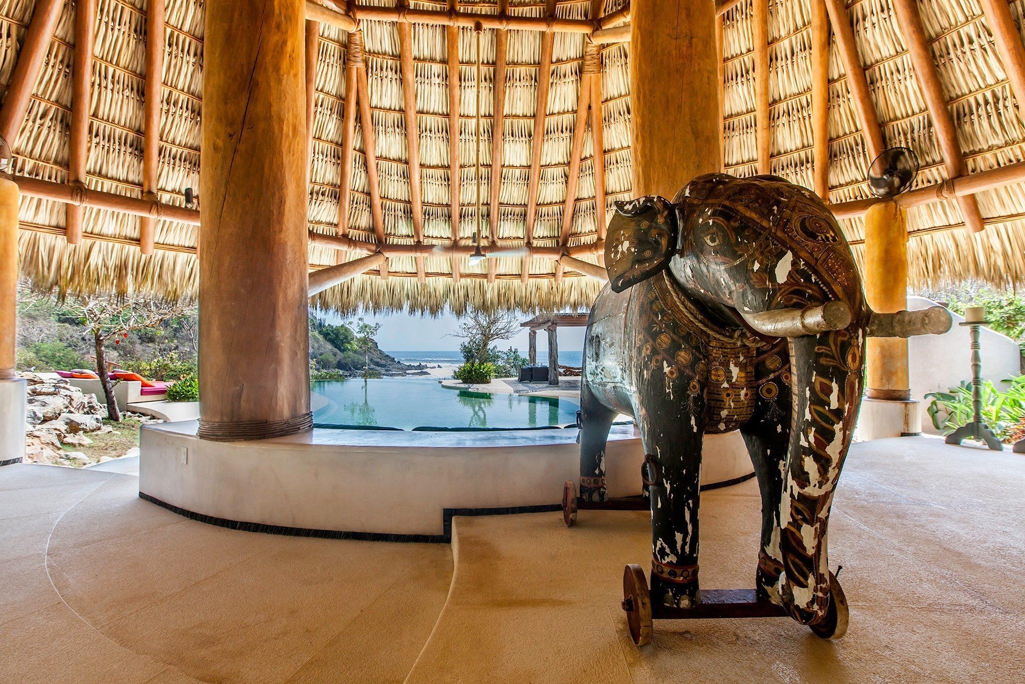 Palapa Elephant